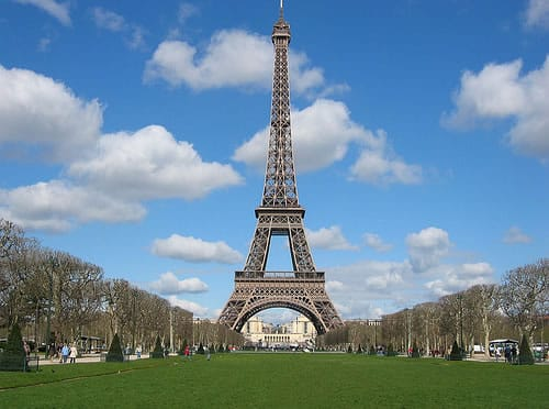 Photo of La reproducción de la Torre Eiffel