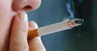 Huele a tabaco en la calle
