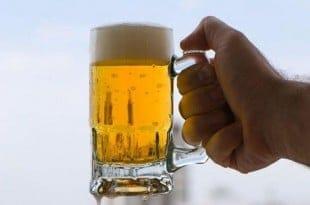 El hombre de la cerveza