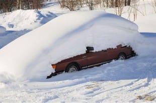 Un sueco sobrevive en el interior de su coche durante dos meses gracias al efecto iglú