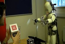 Photo of El robot que aprende a hablar como un bebé