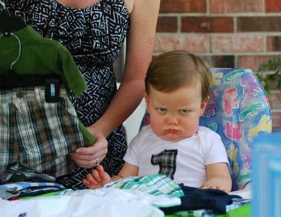 Al bebé no le gusta esa ropa
