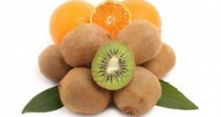 Es saludable incrementar la dosis diaria de vitamina C