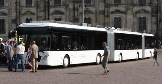El autobús más largo y con más capacidad del mundo
