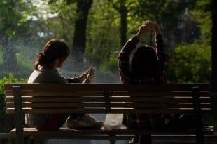 Los adolescentes no pueden vivir sin sus móviles
