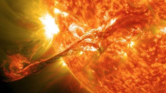 Erupción solar captada por la NASA