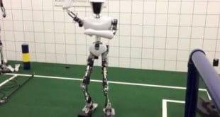 CHARLI, el robot bailarín