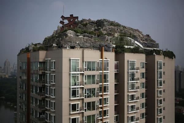Un magnate chino construye su guarida en la cima de un bloque de apartamentos