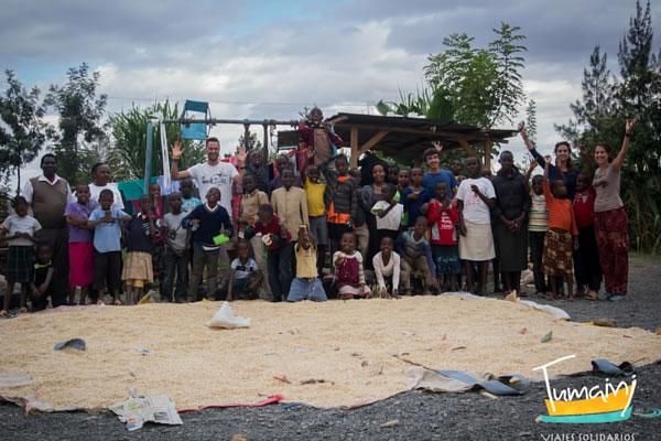 Orfanato y escuela con voluntarios (Kenia)