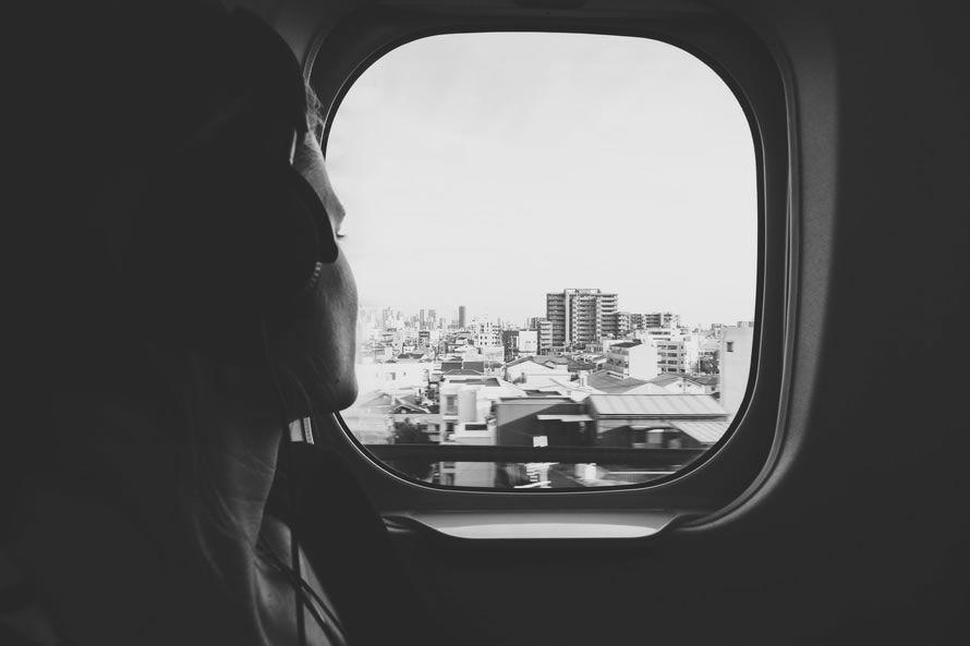 Para buscar autobuses, trenes y vuelos