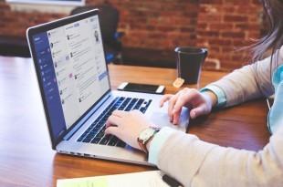 Mensajería instantánea y chatbots para empresas con Helloumi