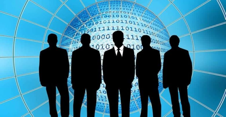 Photo of Web hosting o VPS a la hora de alojar un sitio web, ¿qué decisión tomar?