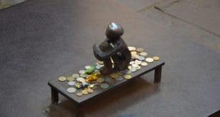 Cómo ganar dinero creando juegos Quiz y Trivia