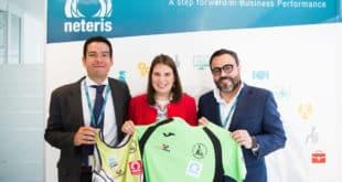 Neteris patrocina a la deportista de paracanoe Elena Ayuso