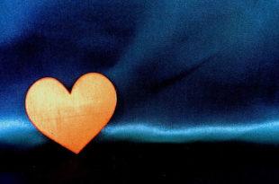 Las relaciones sentimentales a través de Internet conducen al fracaso