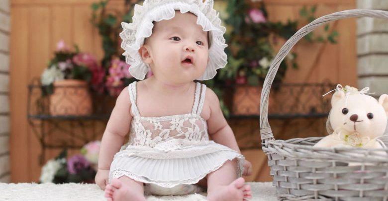 Photo of Los bebés que oyen hablar en dos idiomas desarrollan más su atención