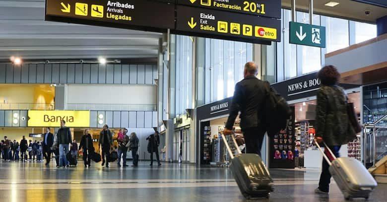 Aparca en el aeropuerto Manises sin complicaciones con Parklot