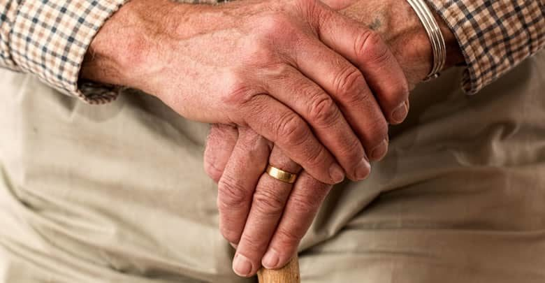 Qué son para los niños los abuelos