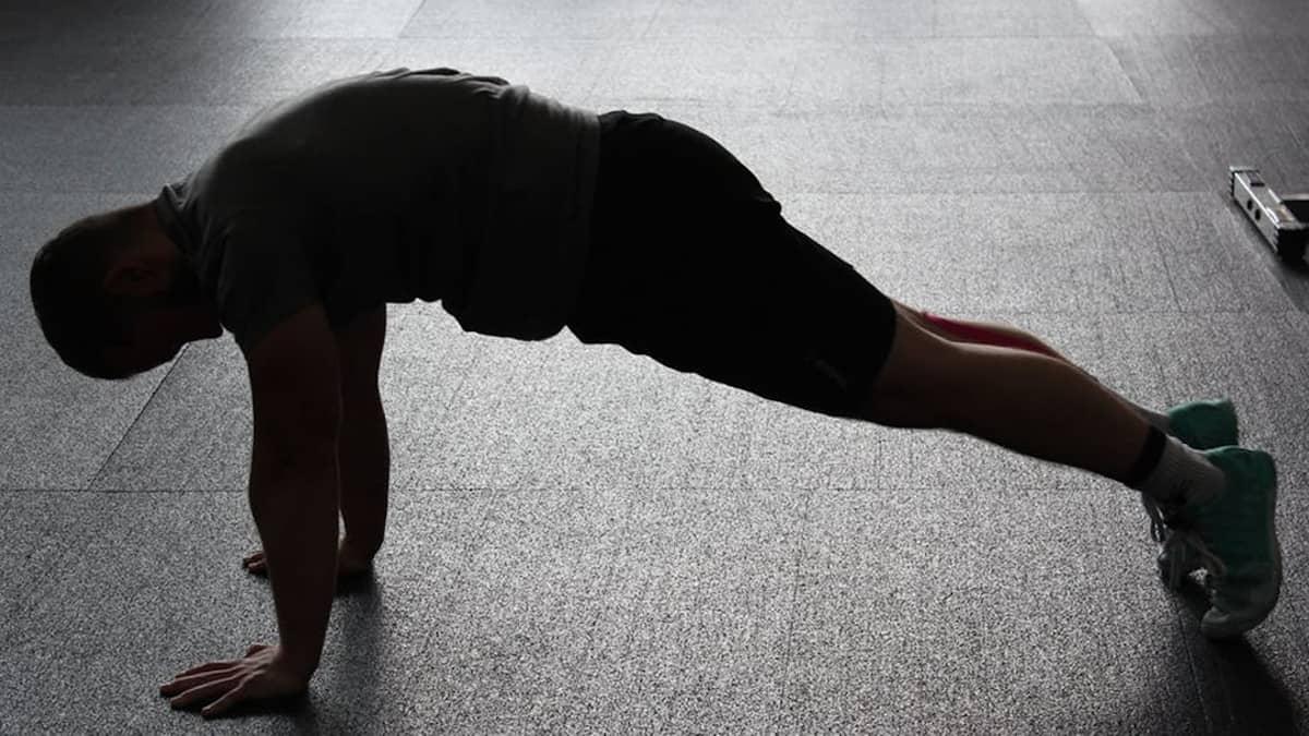 Seven, siete minutos al día de ejercicio para estar en forma