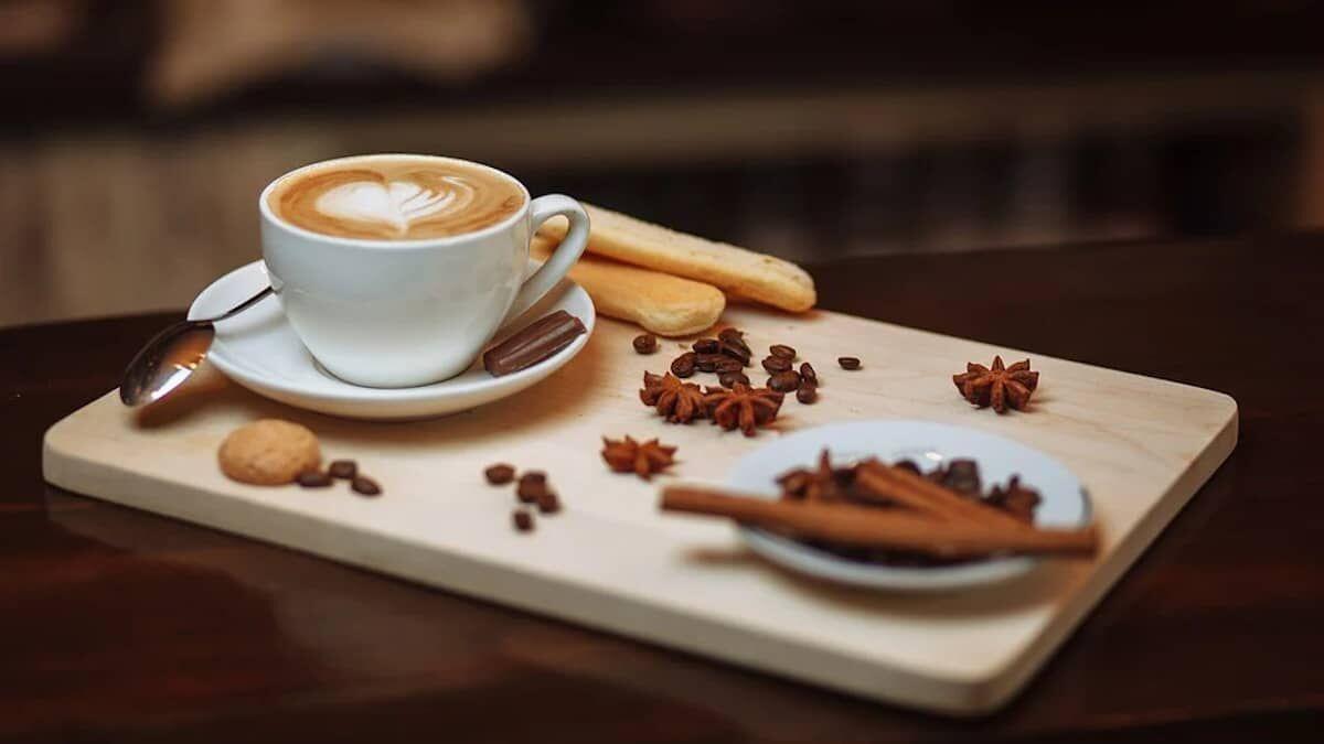 Reducir los riesgos de padecer cáncer de hígado tomando café