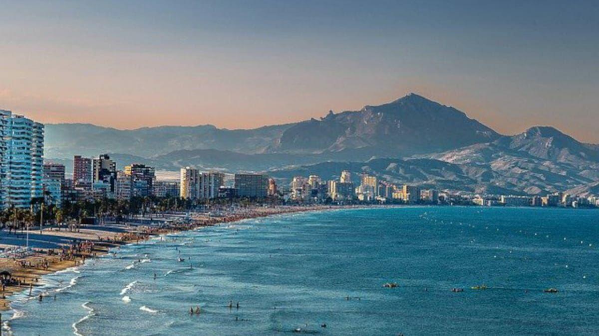 ¿Cómo elegir un hotel en Alicante?