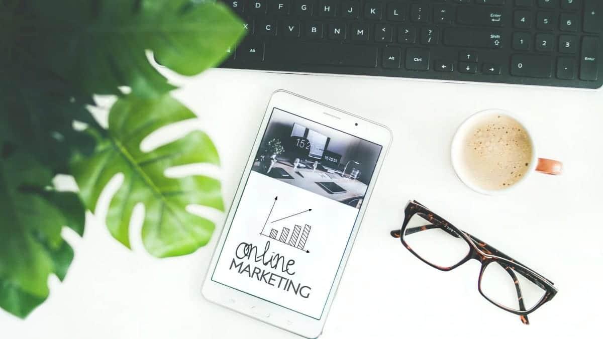 Cómo impulsar tu negocio enviando campañas de email y SMS