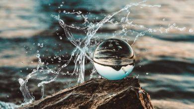 El agua está calificada como una sustancia extraña, única en la Naturaleza