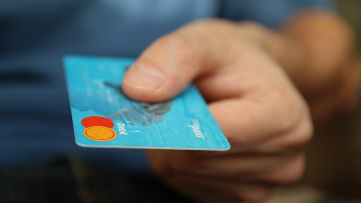 Importancia de entender los riesgos y las reclamaciones de las tarjetas revolving